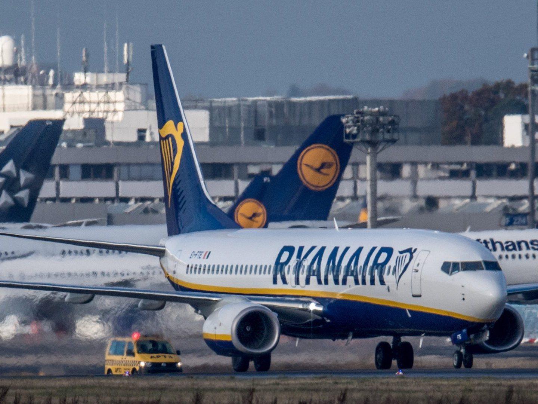 """EasyJet desistiu da rota Lisboa-Ponta Delgada, e Ryanair já lançou """"promoção"""" para atrair clientes"""