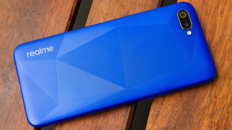 Samsung perde terreno no mercado indiano de smartphones. Realme explode