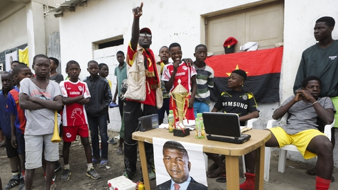 Após 38 anos de Eduardo dos Santos, angolanos elegem novo Presidente