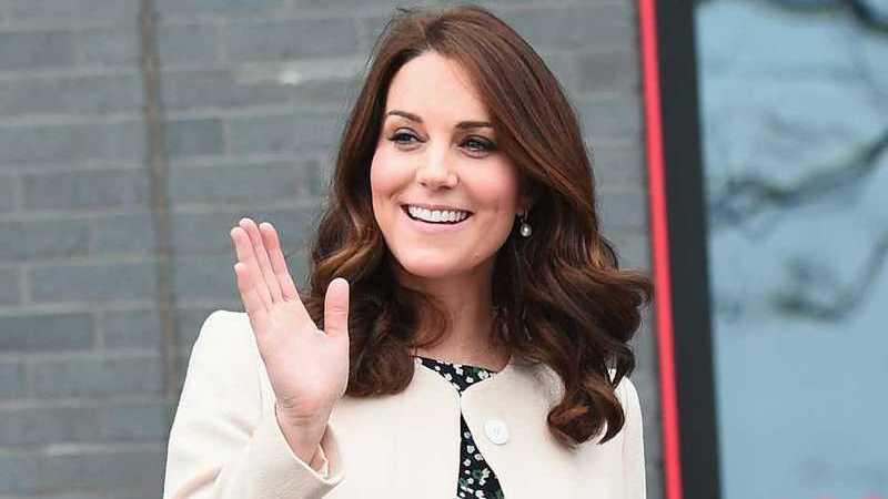 Kate Middleton deslumbra no seu último compromisso antes de dar à luz