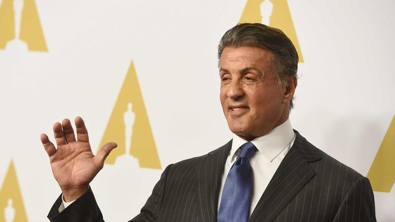 Irmão de Sylvester Stallone revoltado com rumores sobre morte de ator