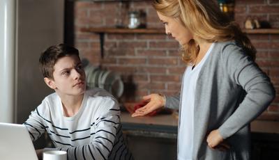 Quer que o seu filho lhe obedeça? Deixe de ser irritante
