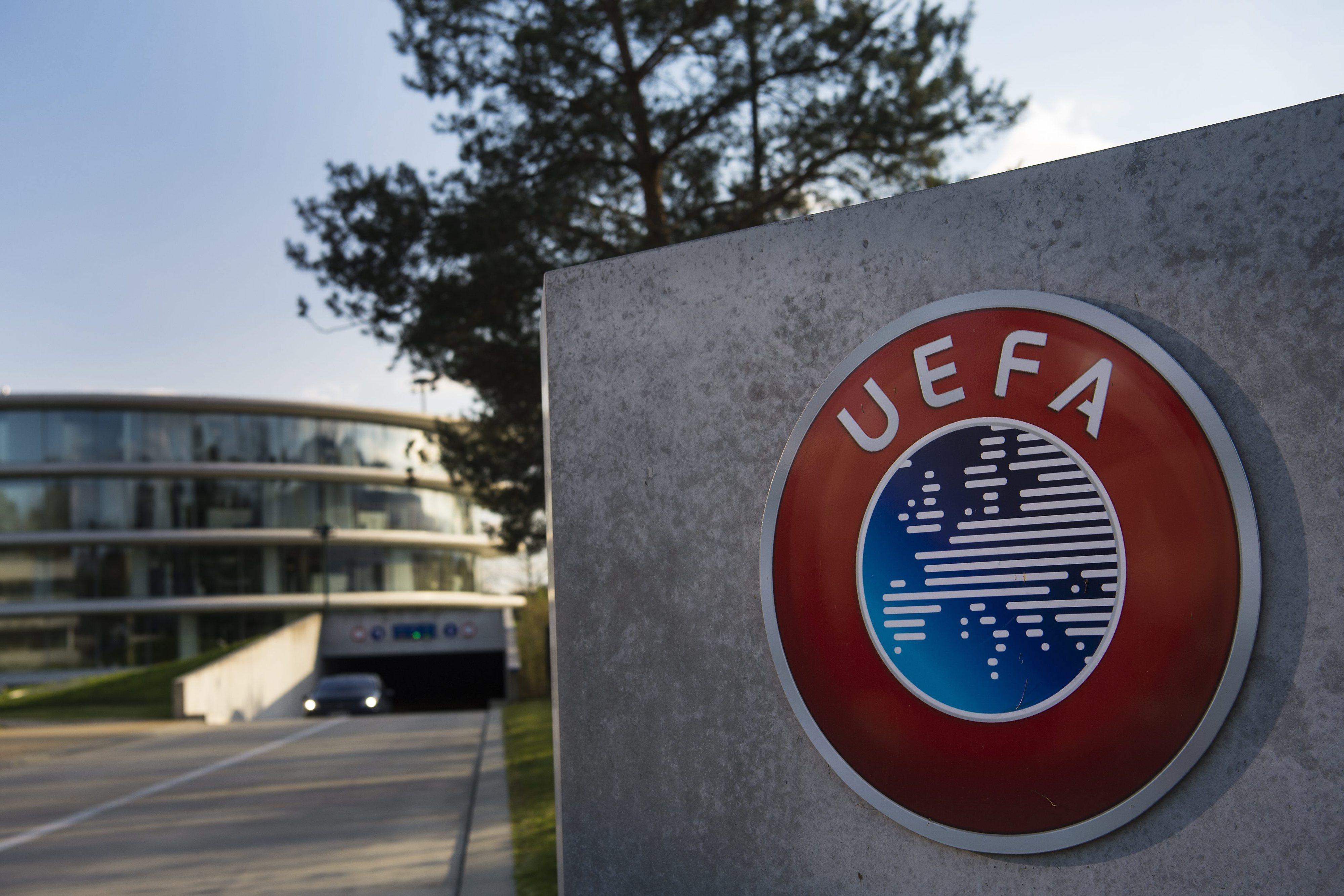 UEFA castiga Rangers e Levski de Sofia devido a comportamentos racistas