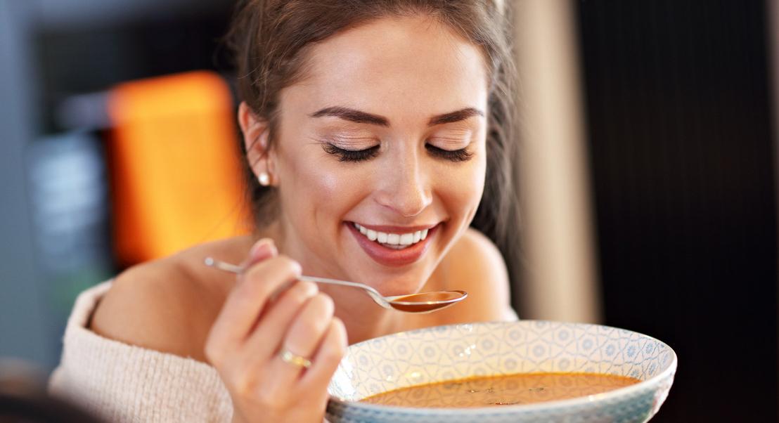 É preciso fazer menos refeições para perder peso? 15 mentiras que podem estar a afetar a sua saúde