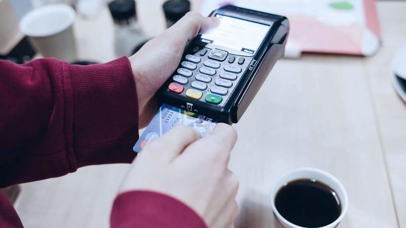 5 cuidados que deve ter com o seu cartão bancário para melhores transações