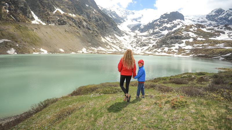 Suíça: caminhadas por montanhas, lagos e vales secretos - sem ter de pagar teleféricos ou comboios