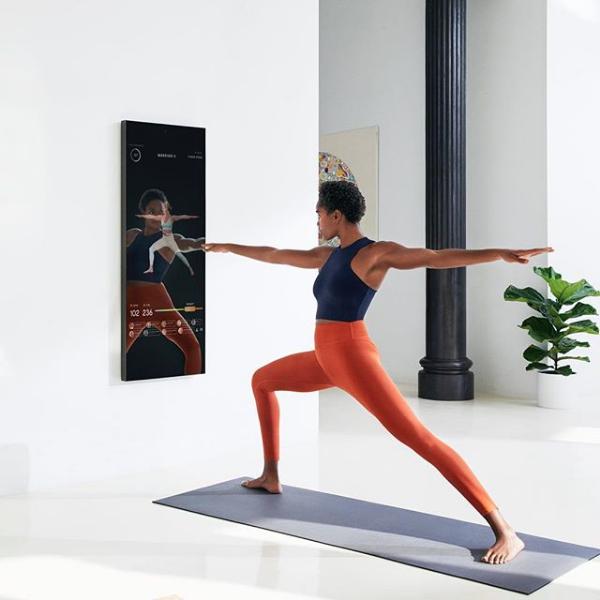 Este espelho vem revolucionar a forma como fazemos exercício