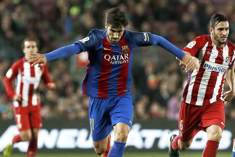 Barcelona pensa dar André Gomes para ter Dybala