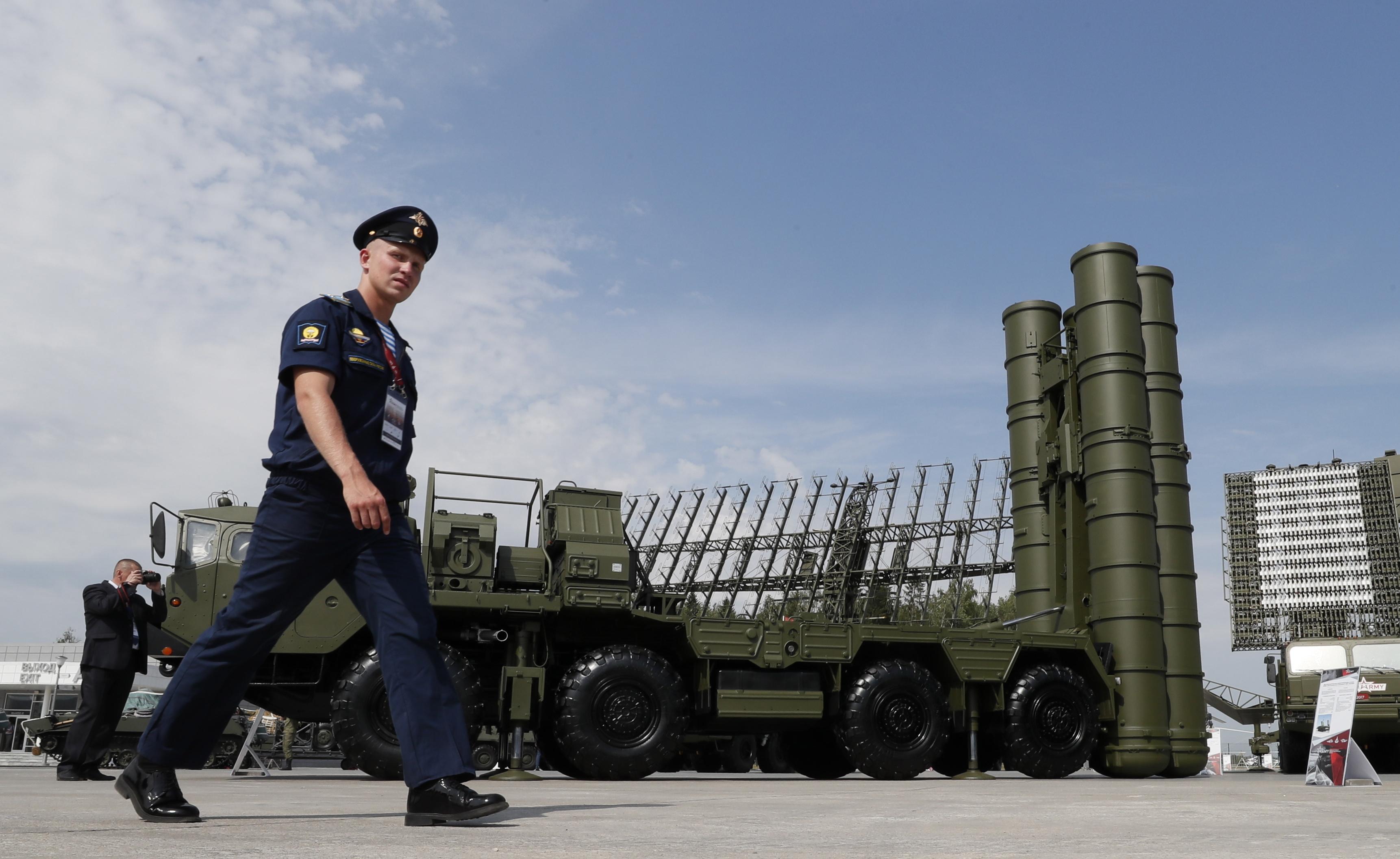 Turquia: Ancara volta a rejeitar ultimato dos EUA sobre compra de mísseis russos