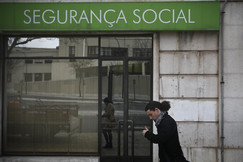 Emigrantes portugueses no Luxemburgo em dificuldades por atrasos na Segurança Social