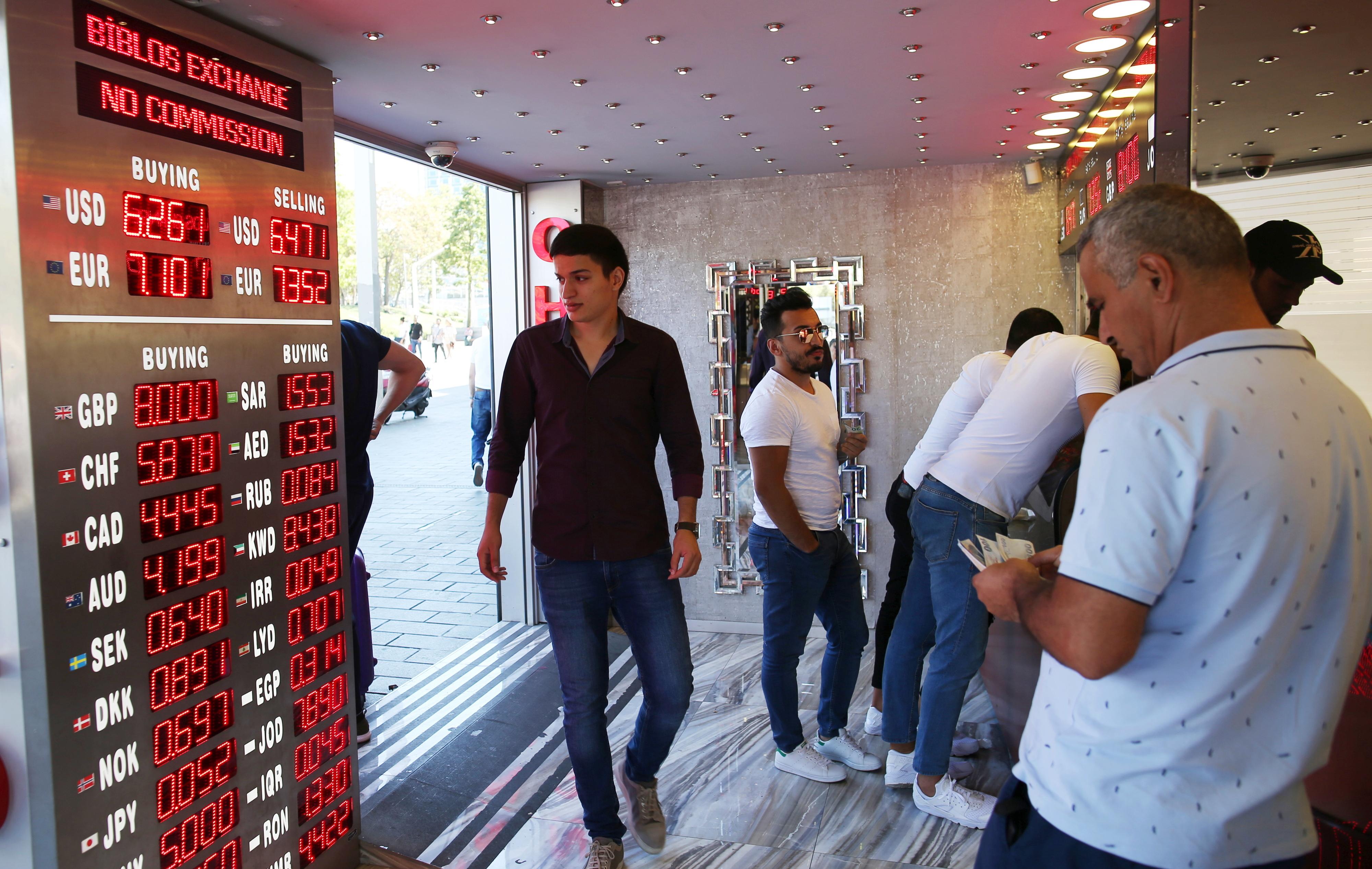 DBRS prevê impacto negativo da crise da lira turca em bancos europeus