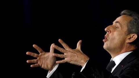 Sarkozy afirma que irá proibir o burkini se for eleito presidente