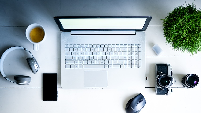 20 indispensáveis para trabalhar (confortavelmente) em casa