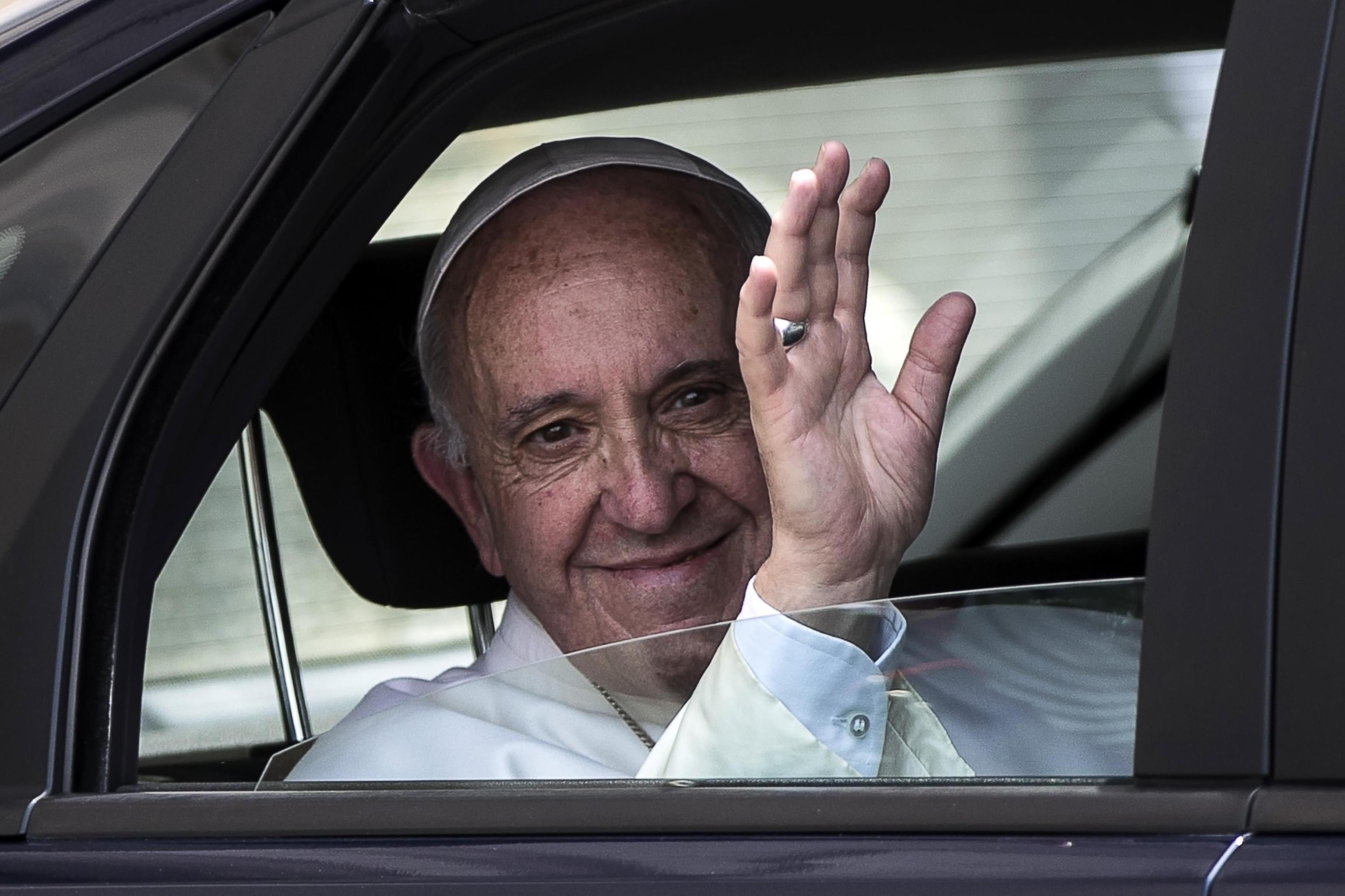 Arcebispo de Boston critica declarações do papa em defesa de bispo chileno sobre pedofilia