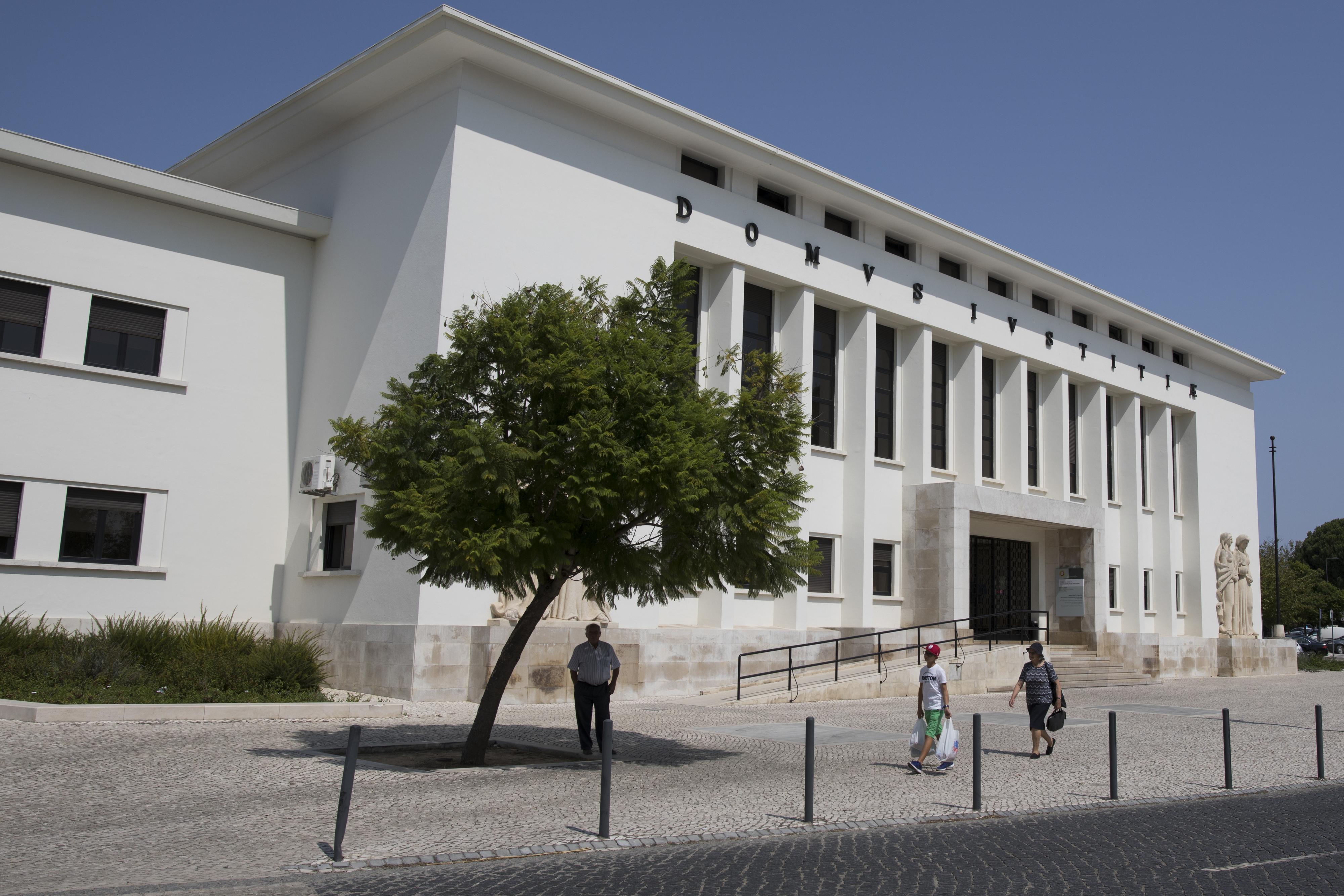 Ex-diretor do urbanismo da Câmara de Santarém nega favorecimento da filha