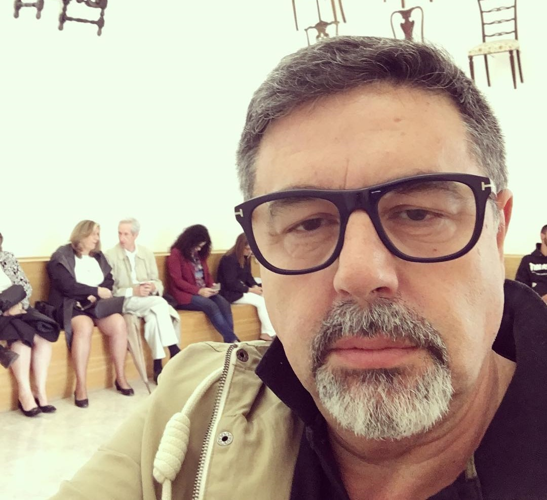 "José Carlos Malato sobre notícia de candidato brasileiro. ""Vergonhoso"""