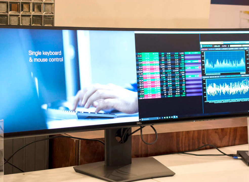 "Monitor de 49 polegadas da Dell construído para ""substituir"" setups de dois ecrãs"
