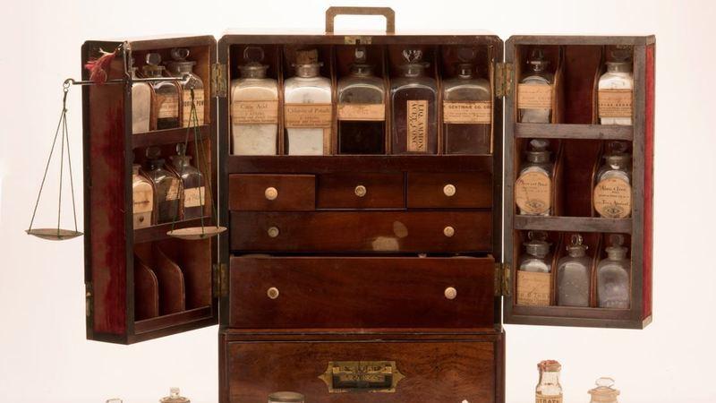 Museu da Farmácia reabre ao público no Dia Mundial da Criança