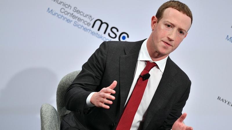 Zuckerberg responde a funcionários do Facebook e pondera alterar regras de partilhas de cariz político