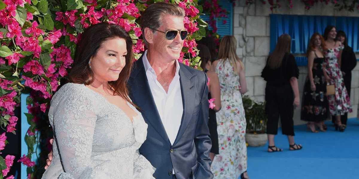 """Antigo James Bond celebra 25 anos ao lado da mulher. """"Obrigado pelo amor"""""""
