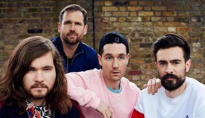 """À conversa com os Bastille: o novo (""""louco e estranho"""") álbum em 60 segundos"""
