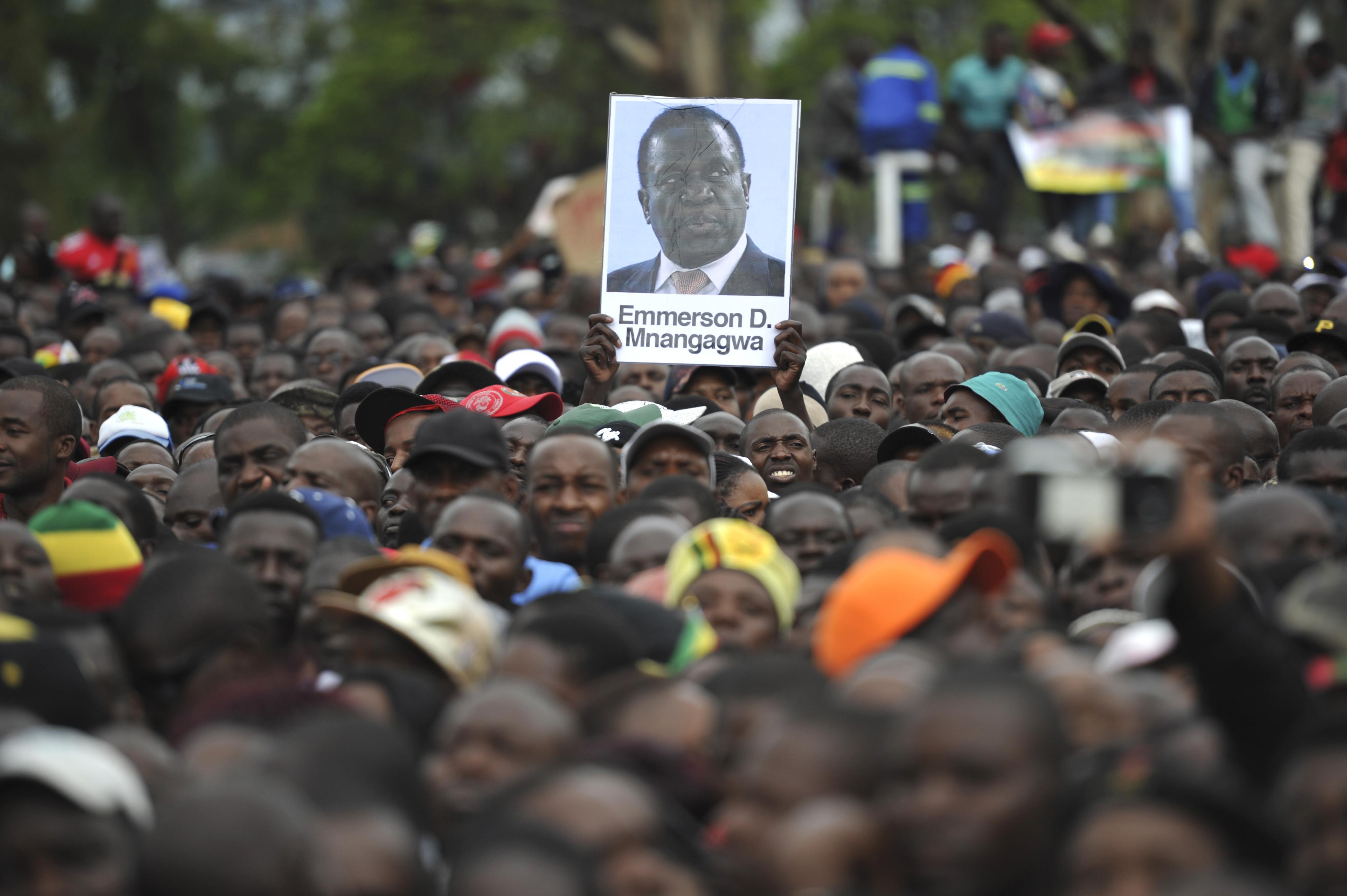 O Zimbabué muda para ficar na mesma