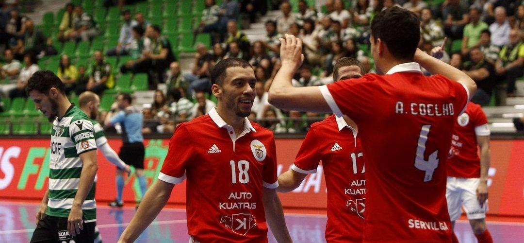 Futsal: Benfica vence Sporting em jogo louco com 15 golos e fica a uma vitória do título