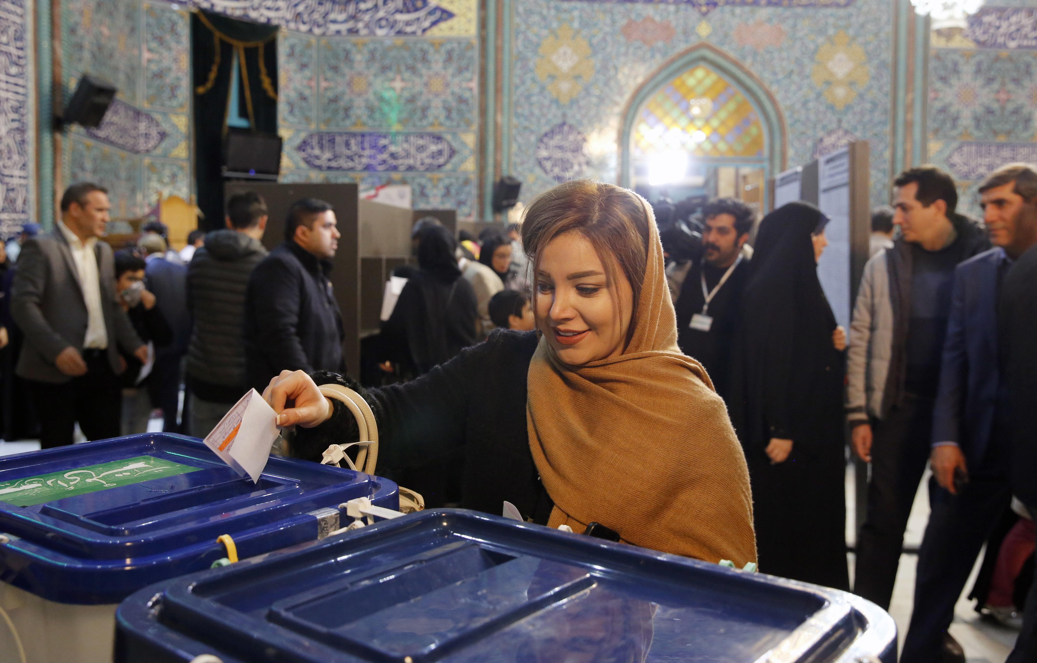 Conservadores e ultras já elegeram 191 dos 290 deputados no Irão