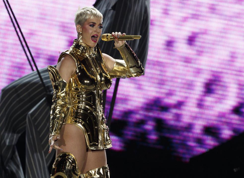 Katy Perry é a cantora que mais lucrou em 2018