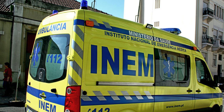 """Estudante encontrado em pijama na linha de comboio em Aveiro com lesão """"gravíssima"""" num pé"""