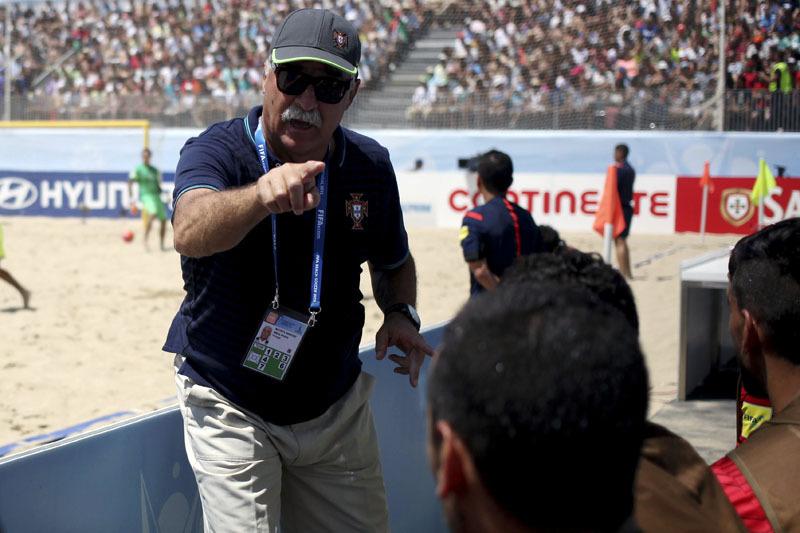 Portugal entra a vencer na Liga Europeia de futebol de praia no Azerbaijão