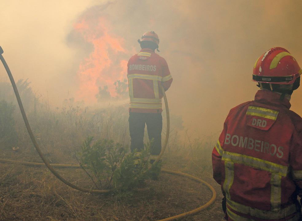 """""""Nas próximas 36 horas, o dispositivo não desarma"""", diz Proteção Civil sobre fogos florestais"""