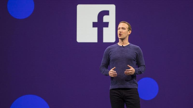 Mark Zuckerberg terá obrigado dirigentes do Facebook a usar smartphones Android