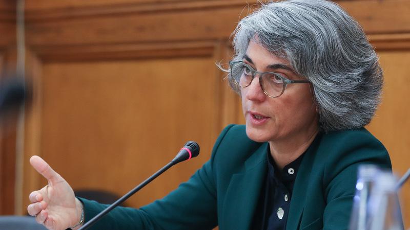 Ministra da Cultura espera conclusão célere do processo de integração de precários da Lusa