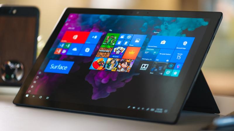 Microsoft pode estar a preparar um Surface dobrável compatível com aplicações Android
