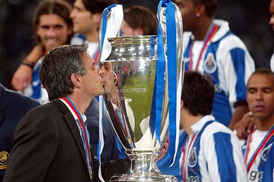 """Vitor Baía: """"Mourinho escreveu um dos capítulos mais belos da história do FC Porto"""""""