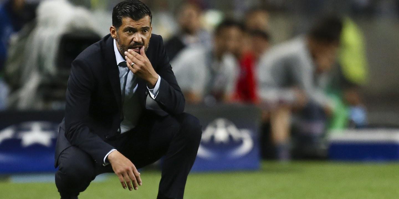 Sérgio Conceição conta com André Pereira para o jogo com Portimonense