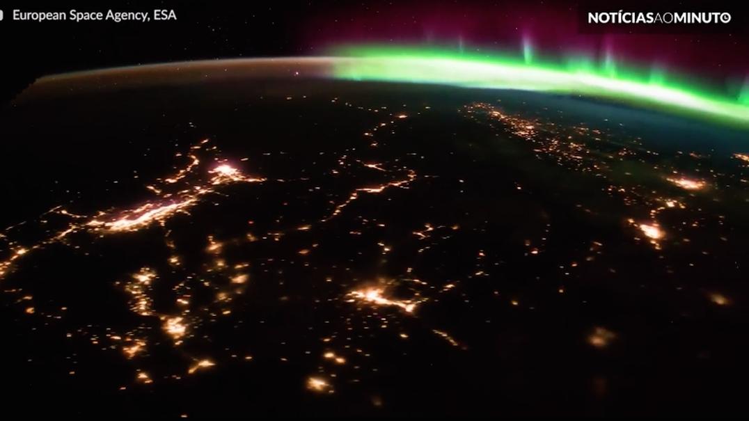 Deslumbre-se com uma aurora vista da Estação Espacial