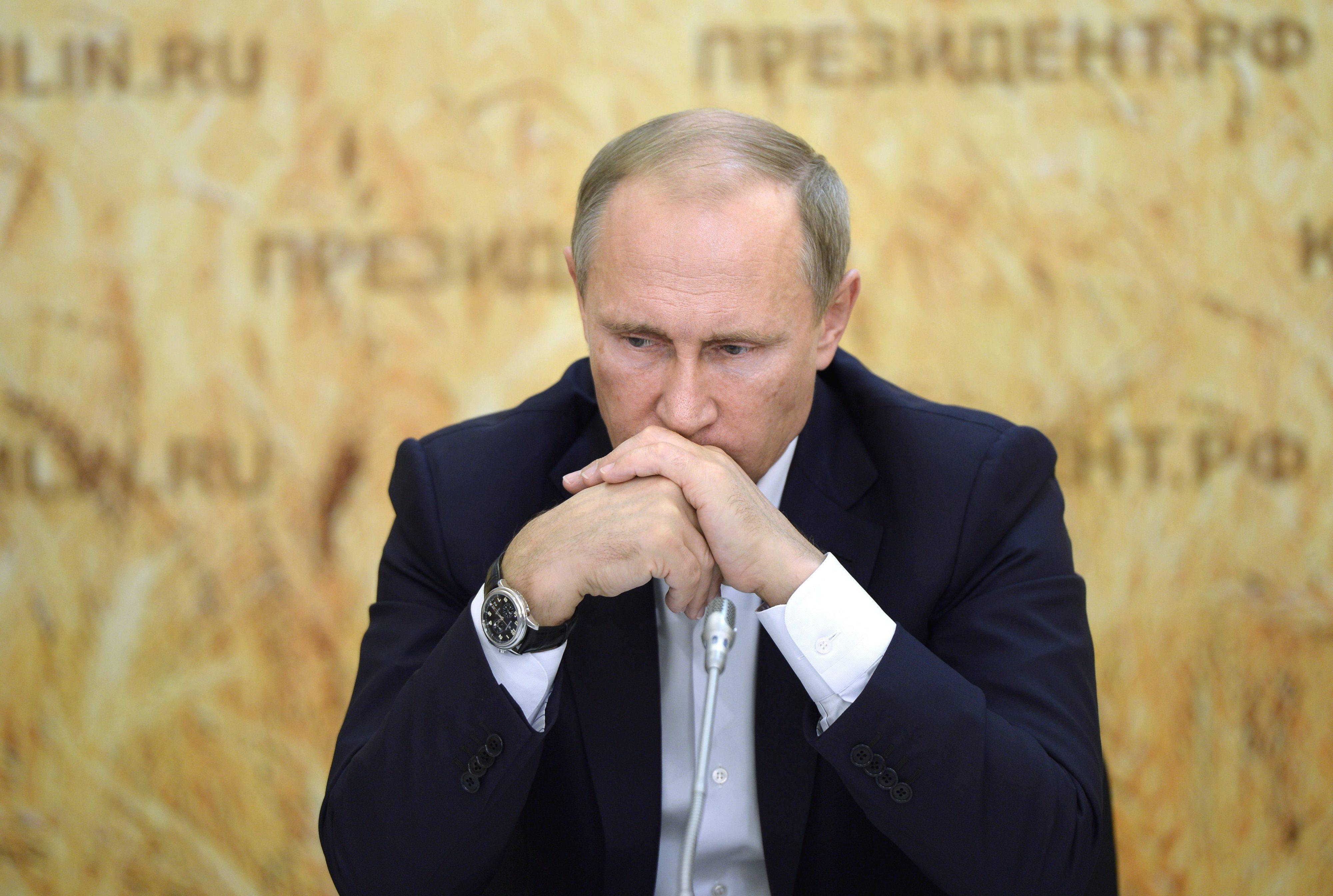 Putin acusa agências dos EUA de controlarem antigo diretor do laboratório de Moscovo