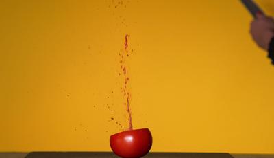 Tarantino e as almôndegas, Michael Bay e os waffles: E se os grandes realizadores filmassem... receitas?
