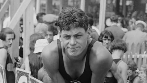 Johnny Weissmuller. Dos títulos olímpicos ao papel de Tarzan