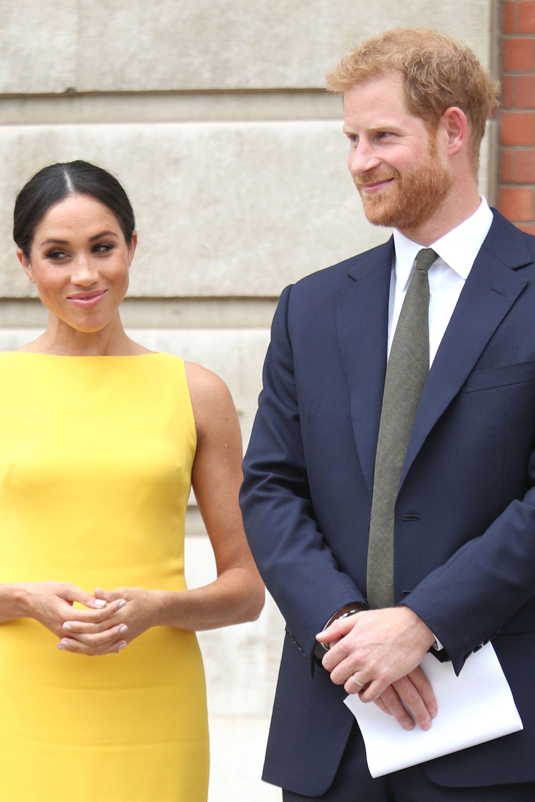 Meghan Markle e o príncipe Harry preparam visita à terra natal da atriz