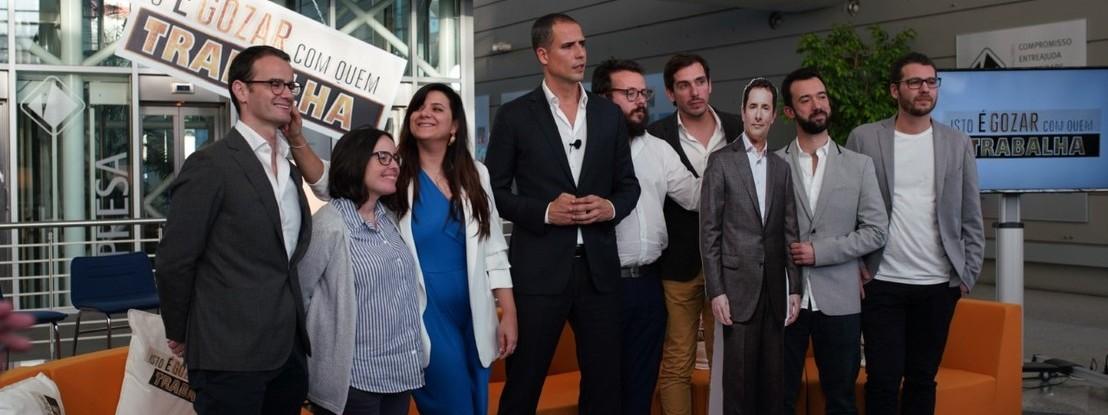 """Novo programa de Ricardo Araújo Pereira """"consiste numa pessoa a resmungar numa mesa"""""""