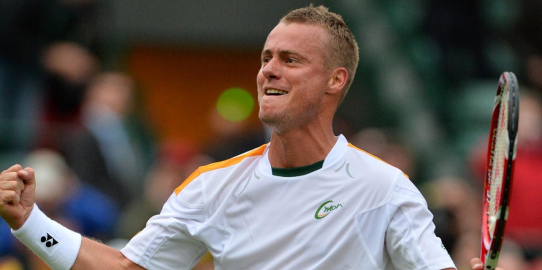 Lleyton Hewitt sai da reforma para jogar pares no Open da Austrália