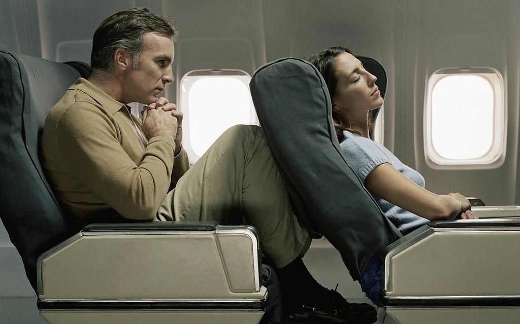 7 dicas para viajantes altos sofrerem menos nas viagens de avião