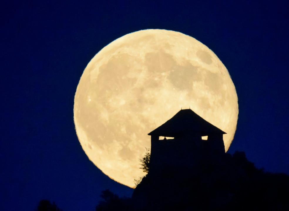"""Última Super Lua de 2019 chega em """"cima"""" do equinócio de março"""