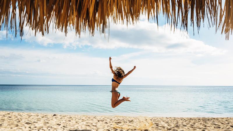 10 destinos quentes com praia para os (muitos) que já estão fartos do frio