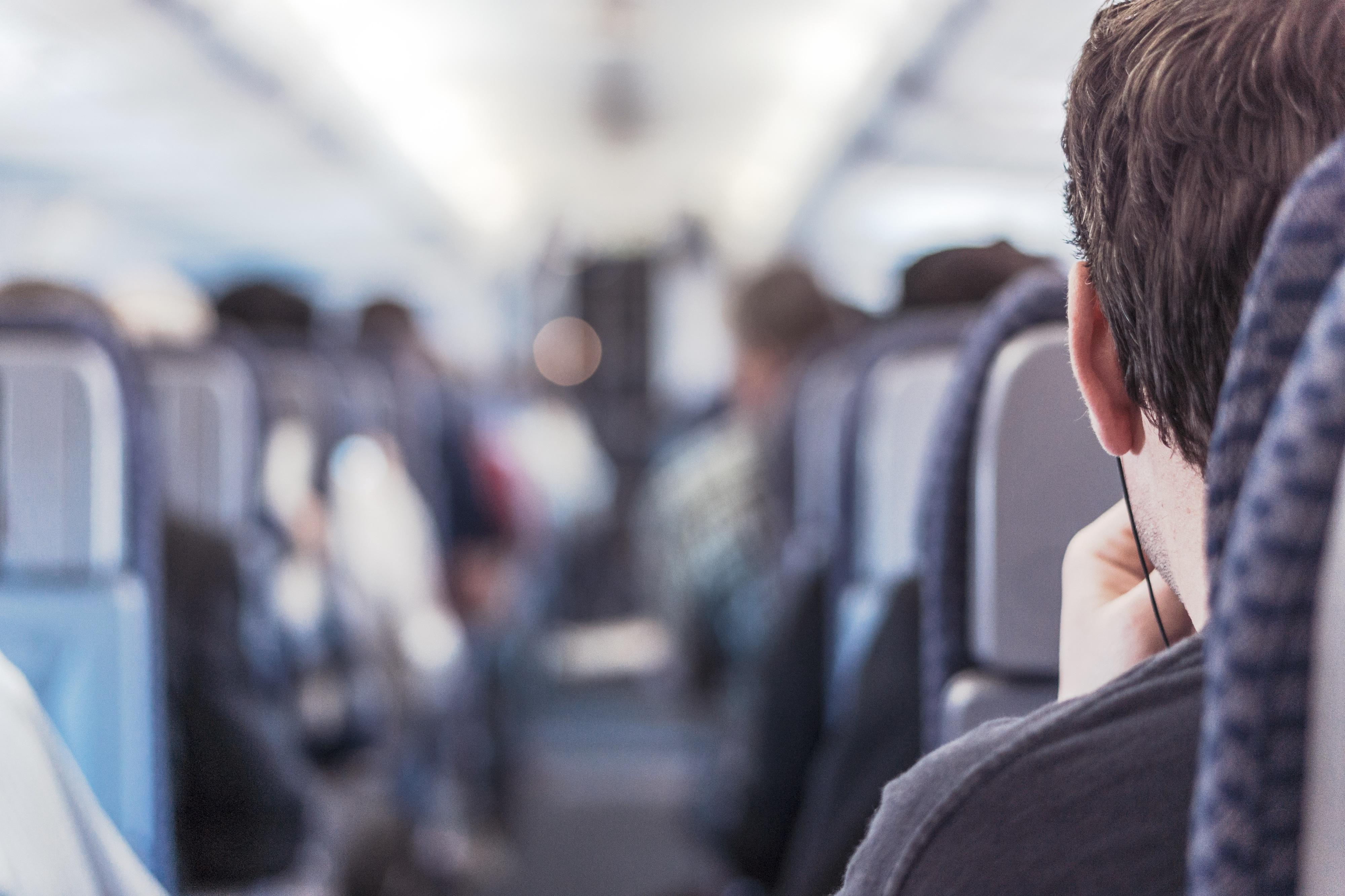 'Top secret'. Colaboradores de companhias aéreas dão dicas sob anonimato