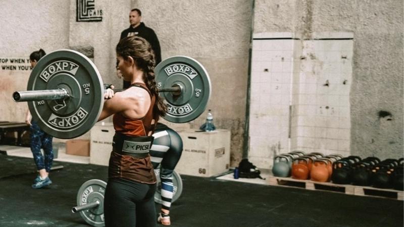 5 exercícios de CrossFit que pode fazer em casa
