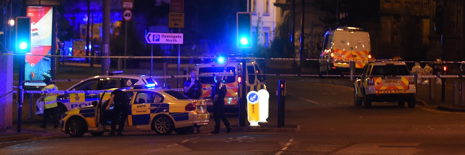 Atentado terrorista em concerto de Ariana Grande faz 19 mortos e mais de 50 feridos